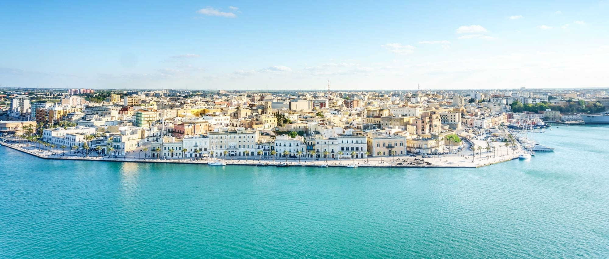 Rent a luxury car in Brindisi