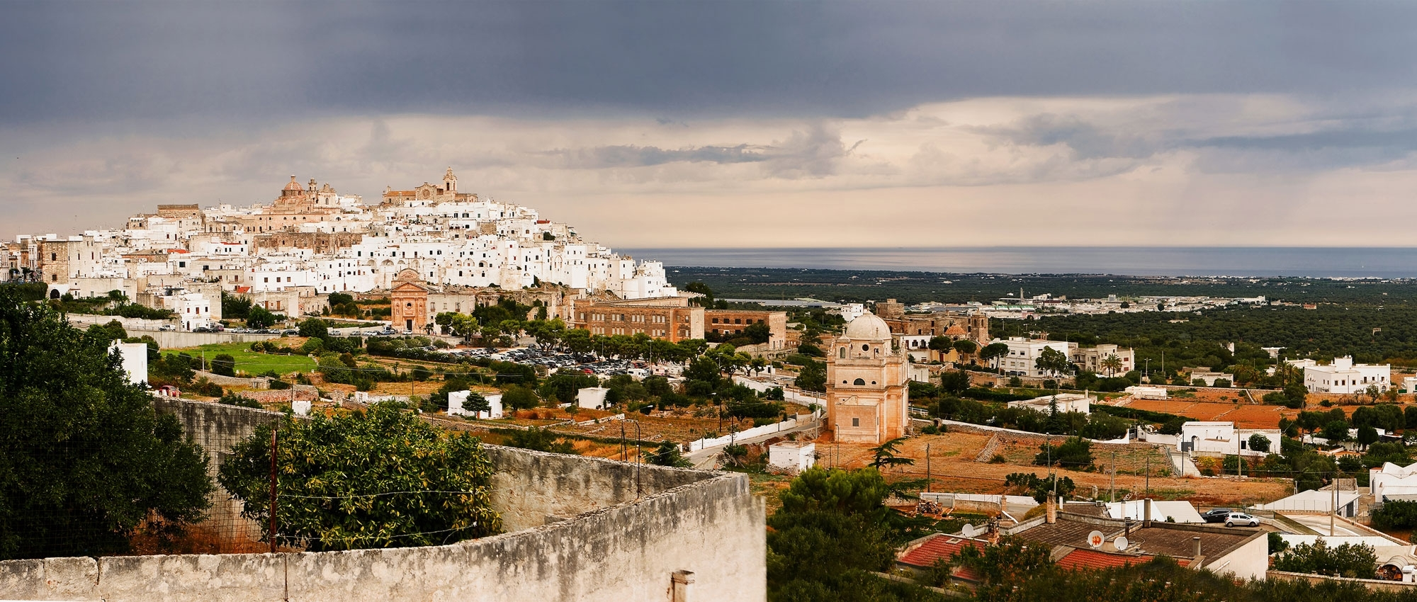 Hire a luxury car in Puglia