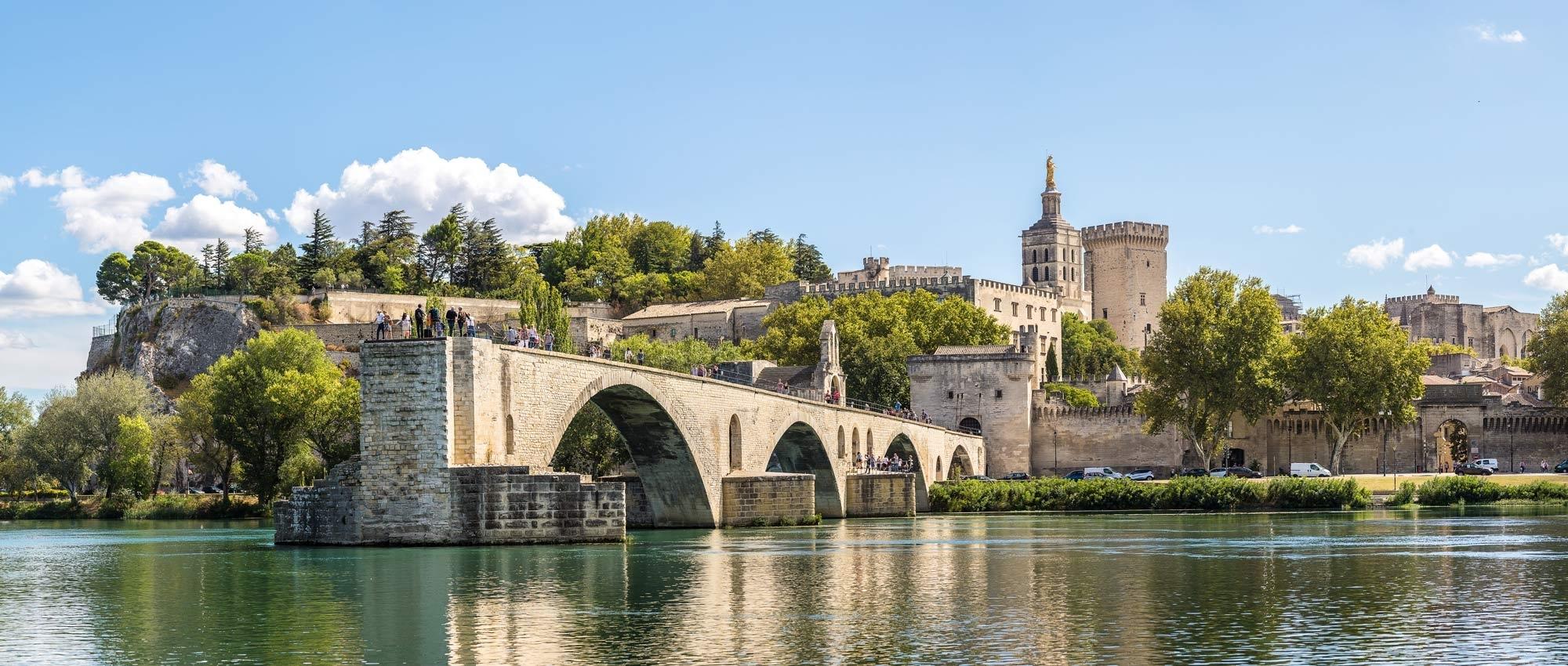 Mini hire in Provence